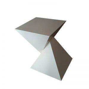 Τραπέζι TR006