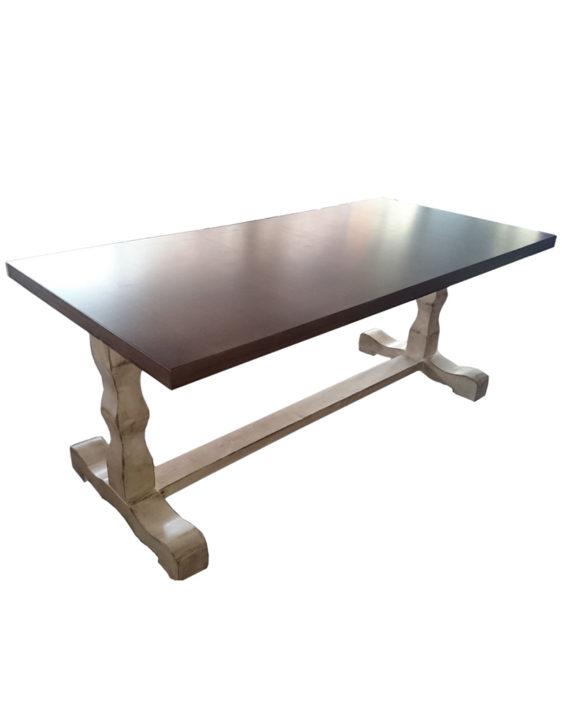 Τραπέζι TR009
